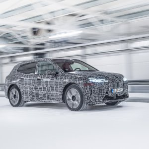 BMW-iX-Winter-Testing-19.jpg